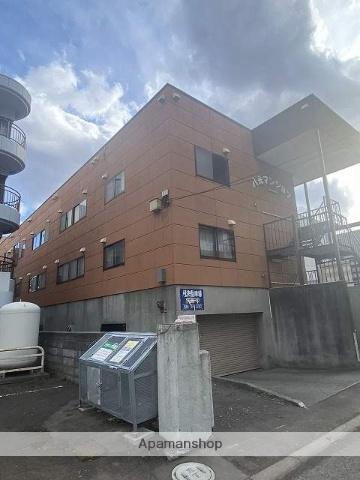 北海道札幌市中央区、幌平橋駅徒歩9分の築31年 3階建の賃貸アパート