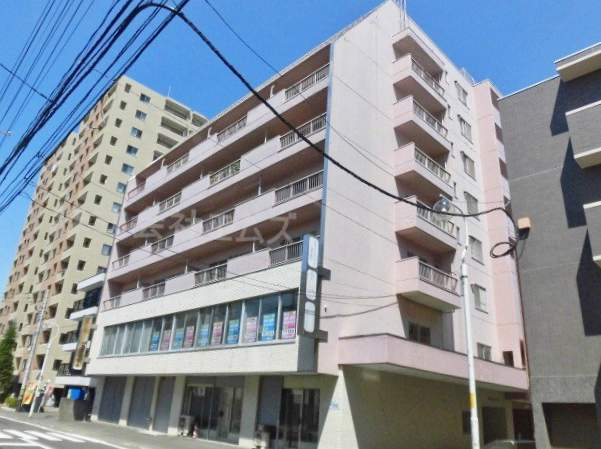 北海道札幌市中央区、中央区役所前駅徒歩11分の築46年 8階建の賃貸マンション
