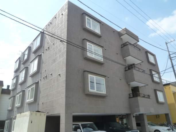 北海道札幌市中央区、西11丁目駅徒歩13分の築18年 4階建の賃貸マンション