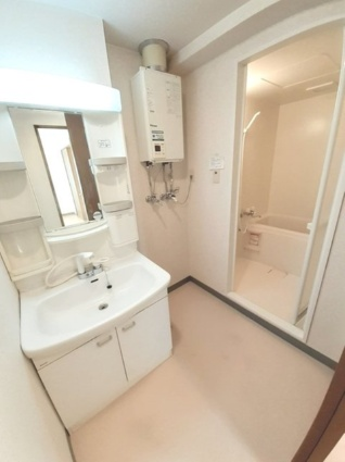 OPUS512[1LDK/43.75m2]の洗面所