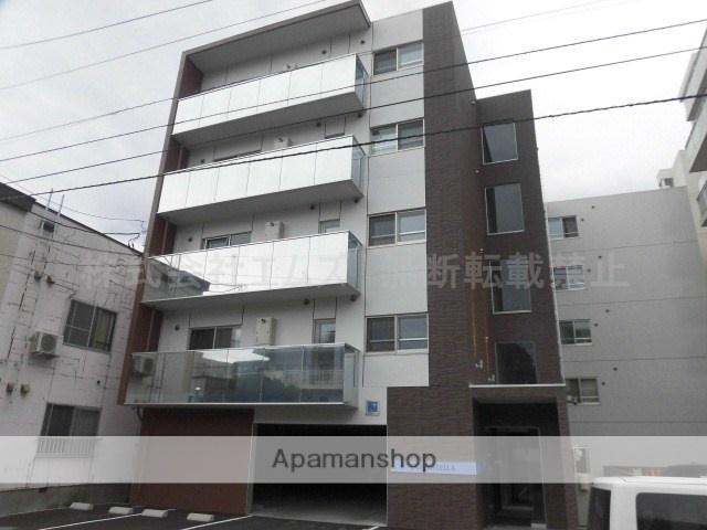 北海道札幌市中央区、西線6条駅徒歩12分の築1年 5階建の賃貸マンション