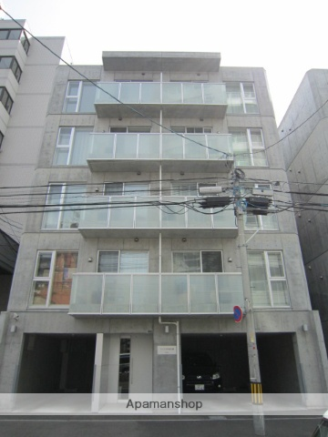 北海道札幌市北区、西28丁目駅徒歩10分の築6年 5階建の賃貸マンション