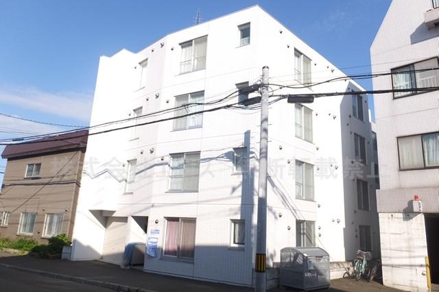 北海道札幌市白石区、バスセンター前駅徒歩15分の築8年 4階建の賃貸マンション