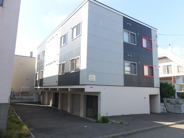 北海道札幌市白石区、白石駅徒歩20分の築9年 3階建の賃貸アパート