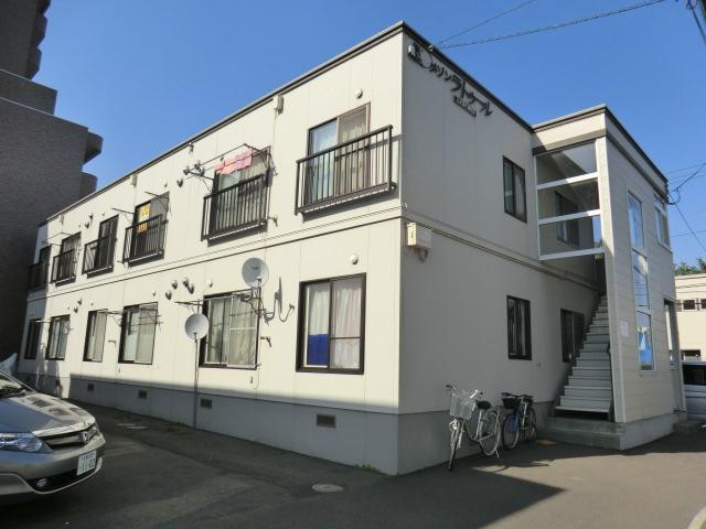 北海道札幌市白石区、苗穂駅徒歩16分の築25年 2階建の賃貸アパート