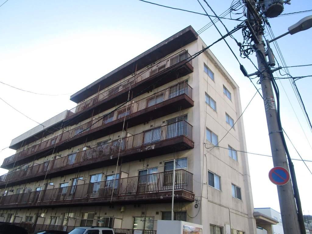北海道札幌市白石区、菊水駅徒歩5分の築40年 5階建の賃貸マンション