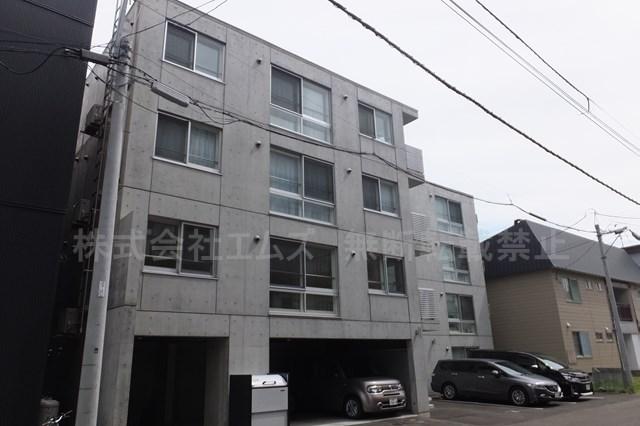 北海道札幌市白石区、菊水駅徒歩6分の築2年 4階建の賃貸マンション
