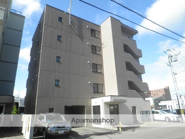北海道室蘭市、東室蘭駅徒歩5分の築9年 5階建の賃貸マンション
