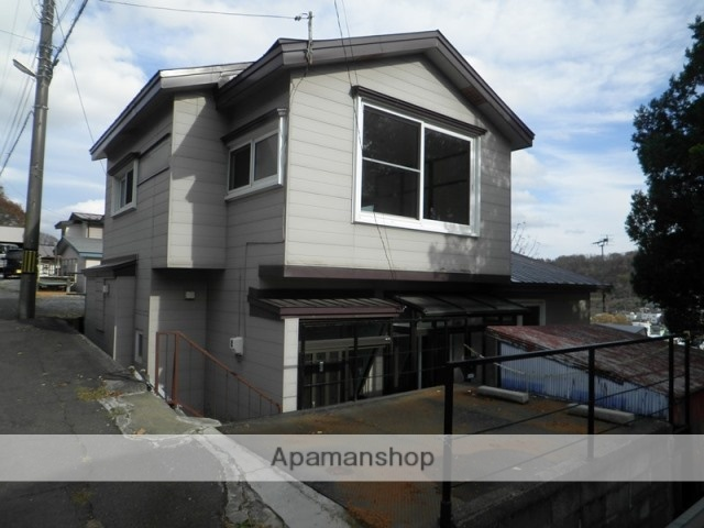 北海道室蘭市の築53年 2階建の賃貸一戸建て