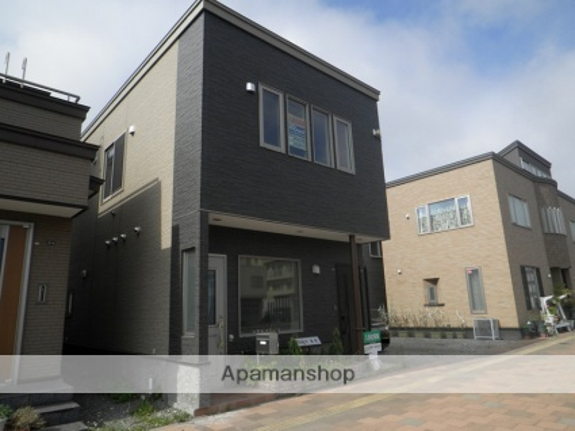 北海道室蘭市、東室蘭駅徒歩20分の築8年 2階建の賃貸アパート