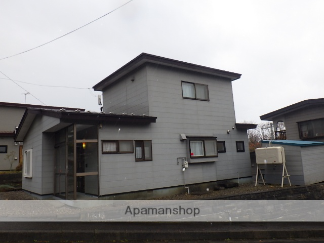 北海道室蘭市の築39年 2階建の賃貸一戸建て
