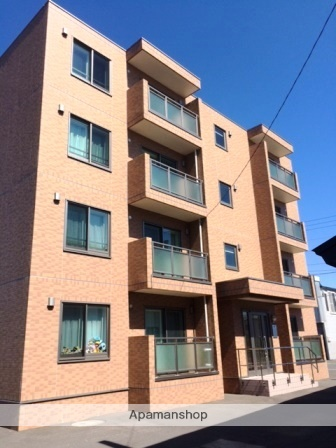 北海道標津郡中標津町の築8年 4階建の賃貸マンション