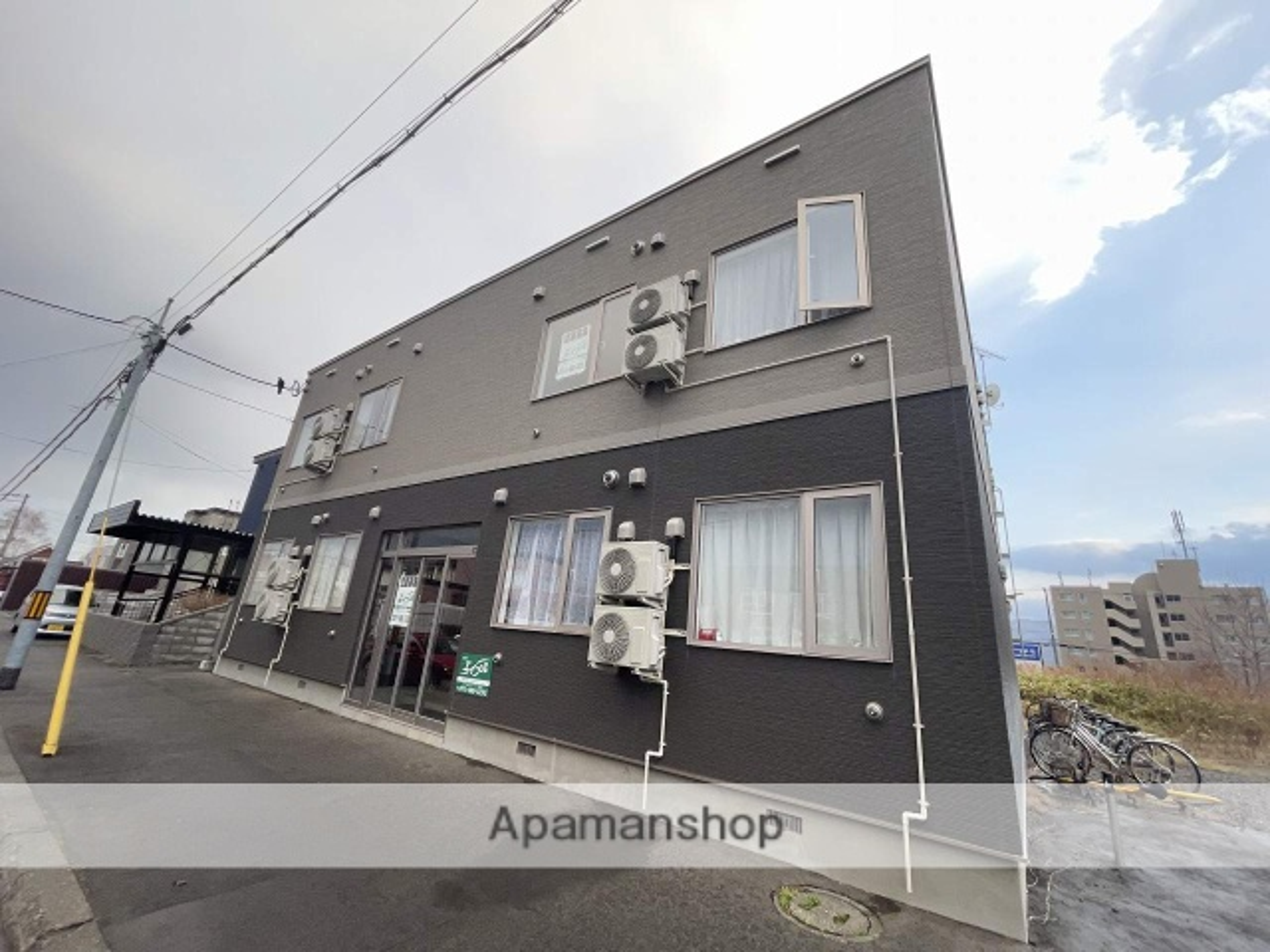 北海道札幌市手稲区、手稲駅JRバスバス4分前田6−16下車後徒歩4分の築1年 2階建の賃貸アパート
