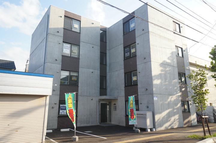 北海道札幌市手稲区、手稲駅徒歩18分の築1年 4階建の賃貸マンション