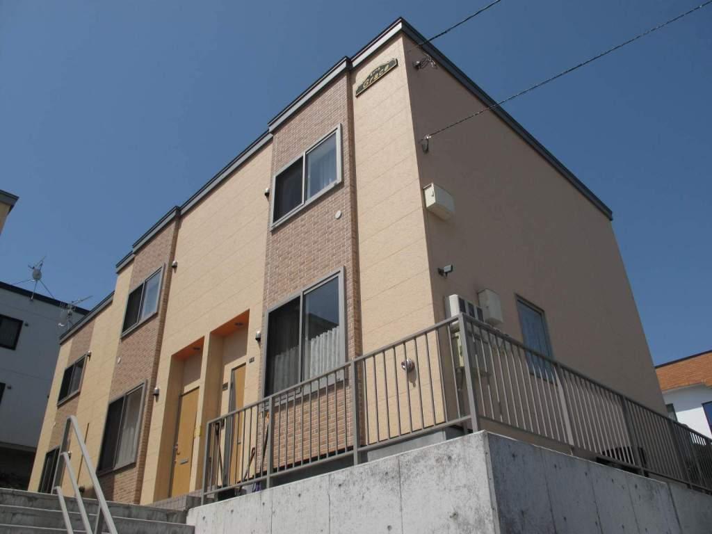 北海道札幌市手稲区、手稲駅JRバスバス15分富丘4−2下車後徒歩1分の築7年 2階建の賃貸テラスハウス