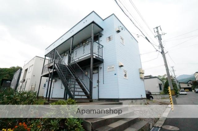 北海道小樽市、銭函駅徒歩19分の築32年 2階建の賃貸アパート