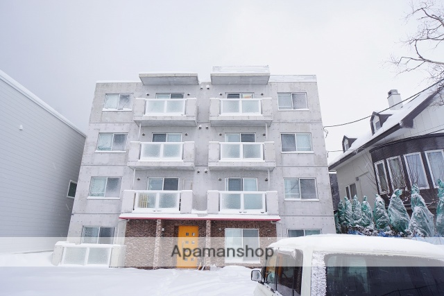 北海道札幌市手稲区、稲積公園駅徒歩8分の築4年 4階建の賃貸マンション