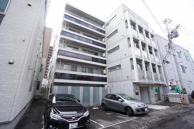 北海道札幌市手稲区、手稲駅徒歩3分の築4年 5階建の賃貸マンション