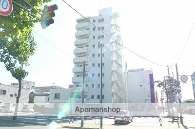北海道岩見沢市、岩見沢駅徒歩8分の築25年 10階建の賃貸マンション
