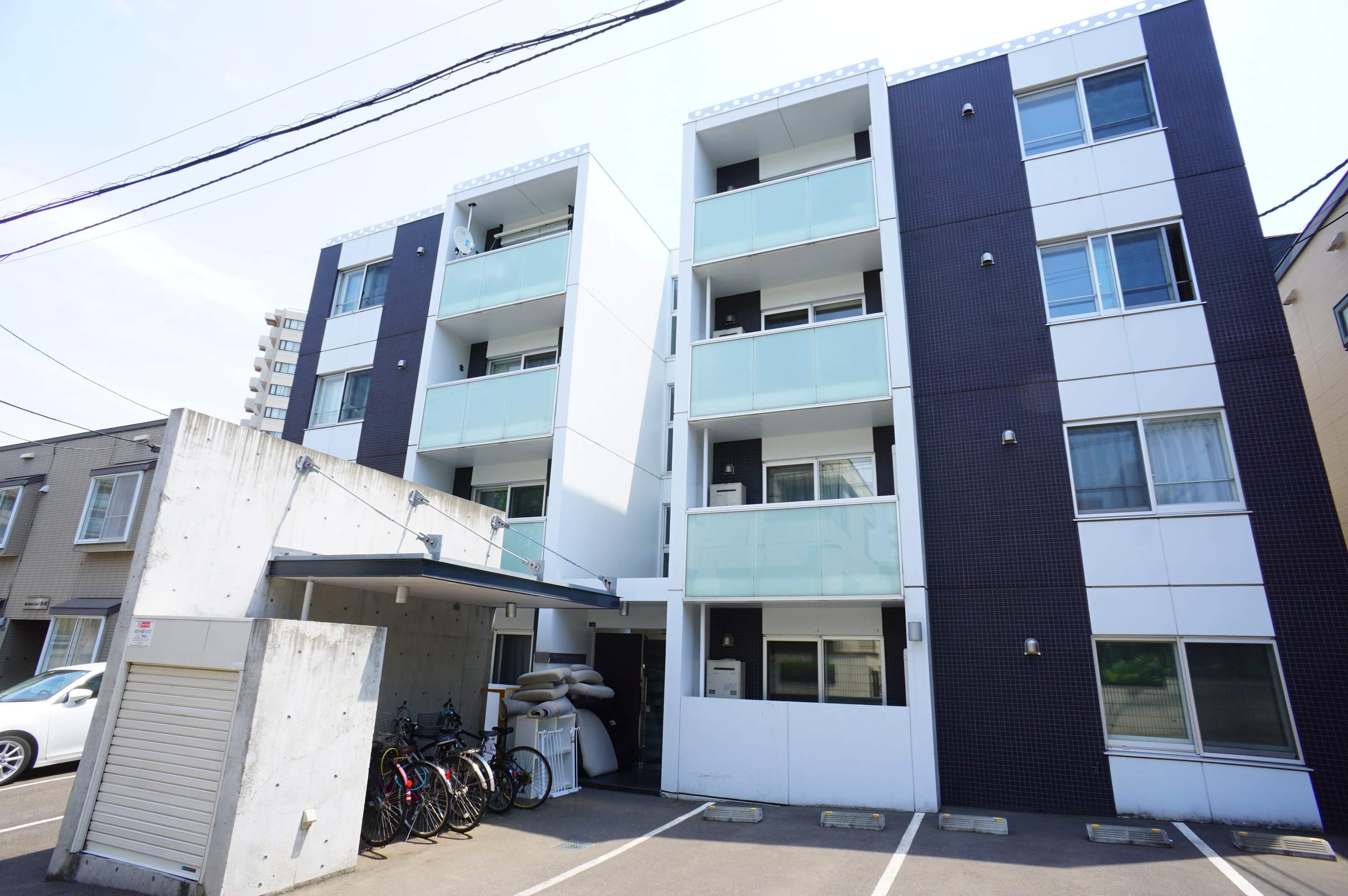 北海道札幌市中央区、二十四軒駅徒歩16分の築5年 4階建の賃貸マンション
