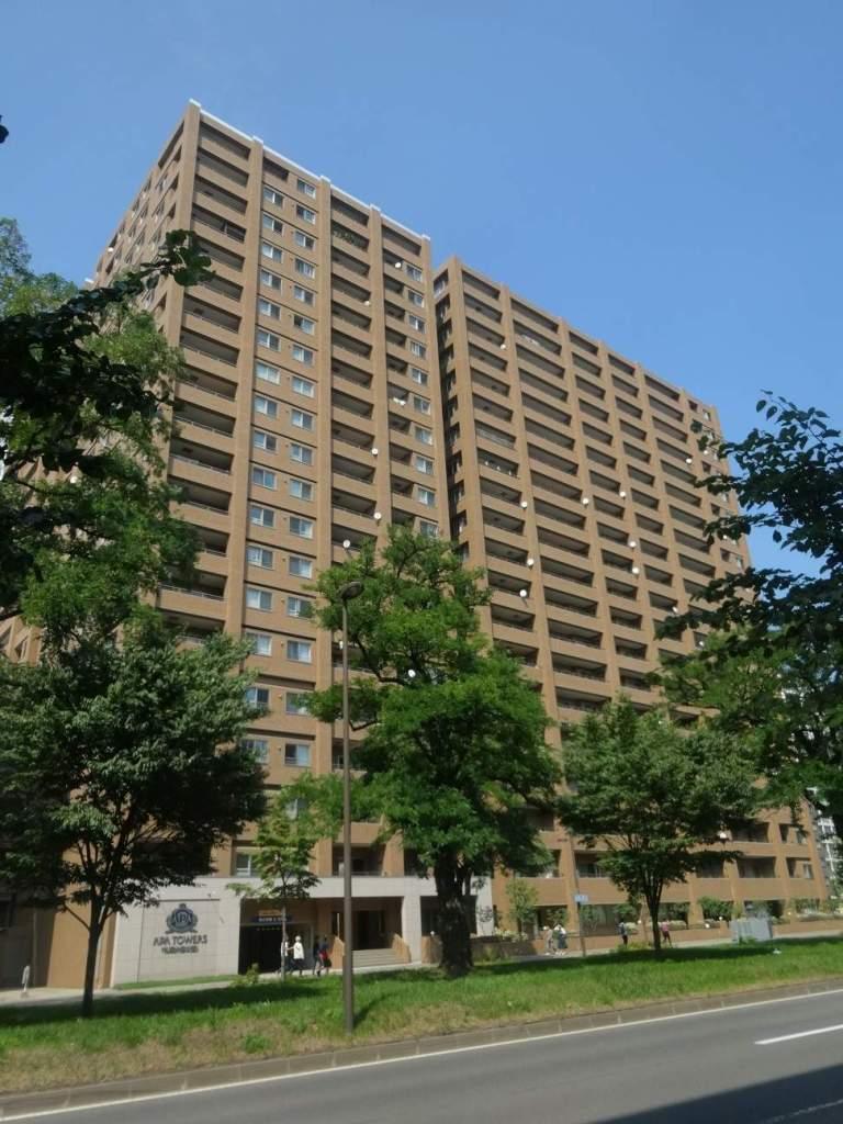 北海道札幌市中央区、西11丁目駅徒歩7分の築13年 20階建の賃貸マンション