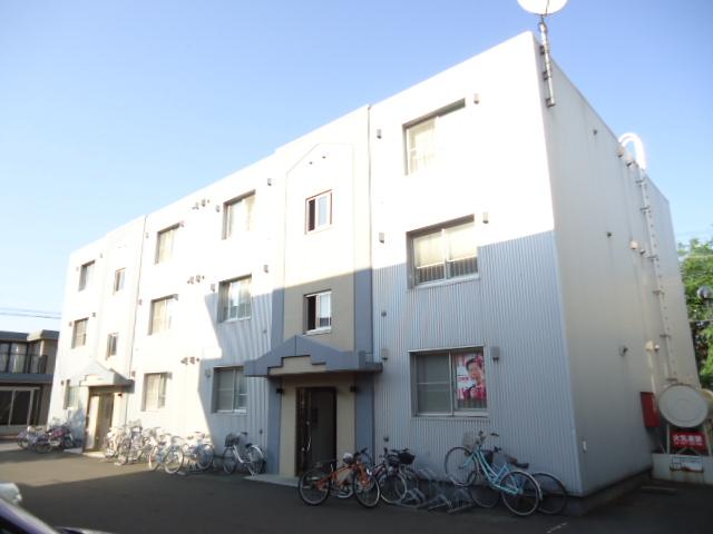 北海道札幌市中央区、西28丁目駅徒歩10分の築22年 3階建の賃貸マンション