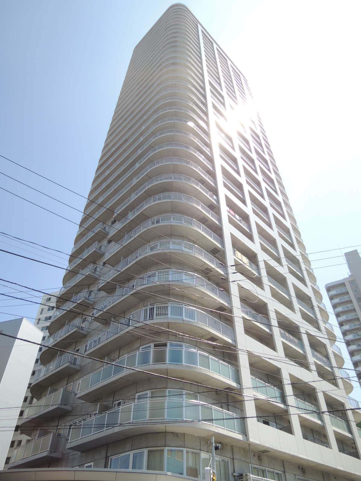 北海道札幌市中央区、中島公園駅徒歩4分の築11年 34階建の賃貸マンション