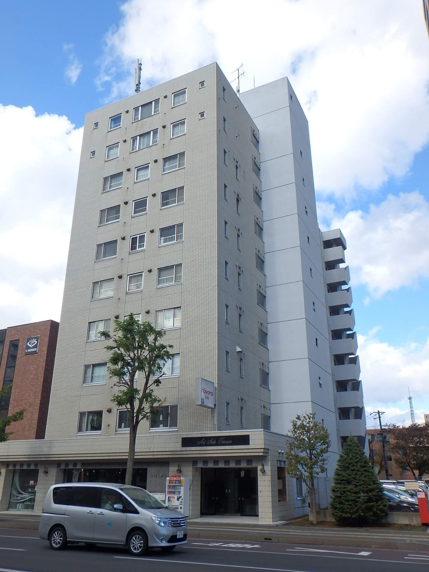 北海道札幌市中央区、円山公園駅徒歩15分の築30年 10階建の賃貸マンション