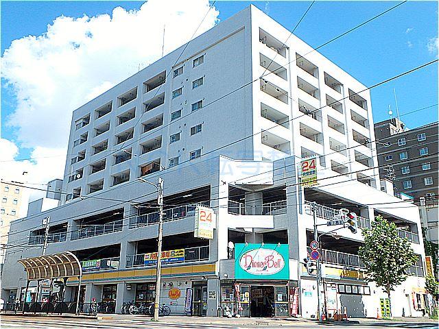 北海道札幌市中央区、西11丁目駅徒歩8分の築30年 10階建の賃貸マンション
