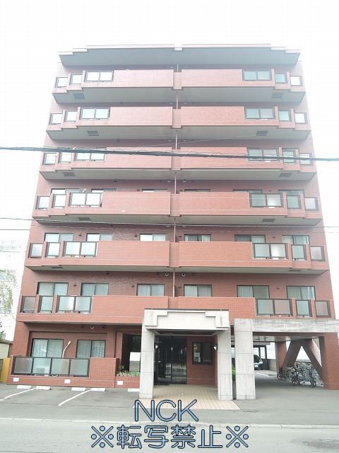北海道札幌市中央区、ロープウェイ入口駅徒歩5分の築20年 7階建の賃貸マンション