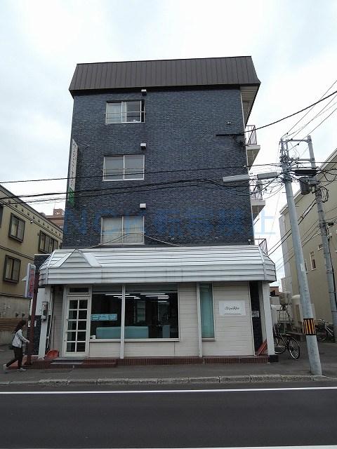 北海道札幌市中央区、幌平橋駅徒歩10分の築44年 4階建の賃貸マンション