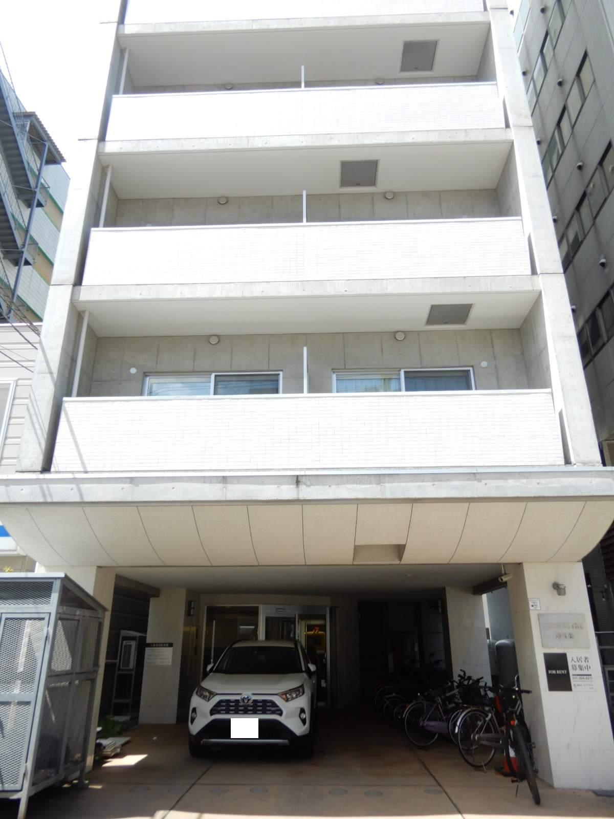 北海道札幌市中央区、西8丁目駅徒歩9分の築10年 9階建の賃貸マンション