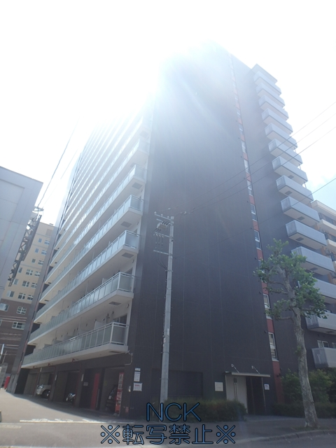 北海道札幌市中央区、西11丁目駅徒歩11分の築8年 15階建の賃貸マンション