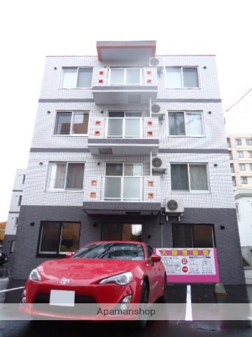 北海道札幌市中央区、ロープウェイ入口駅徒歩5分の築5年 4階建の賃貸マンション