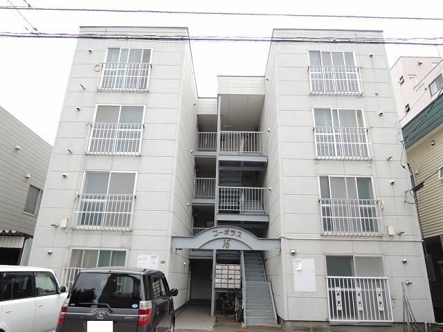 北海道札幌市中央区、西線16条駅徒歩11分の築30年 4階建の賃貸アパート
