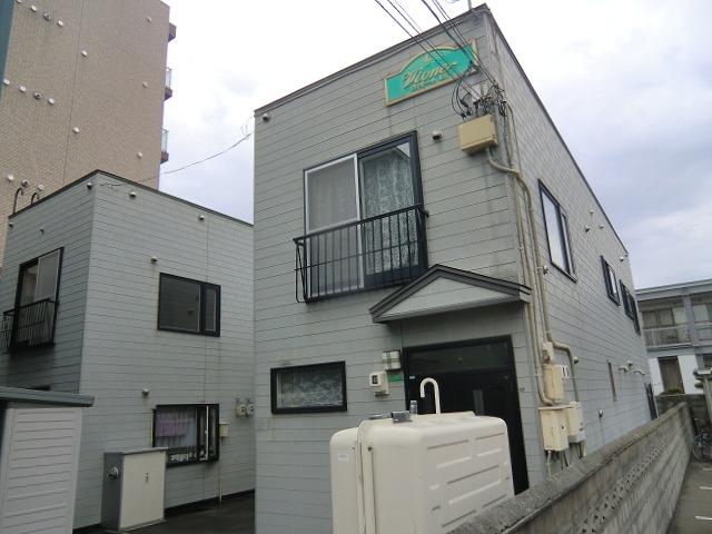北海道札幌市中央区、静修学園前駅徒歩10分の築18年 2階建の賃貸アパート