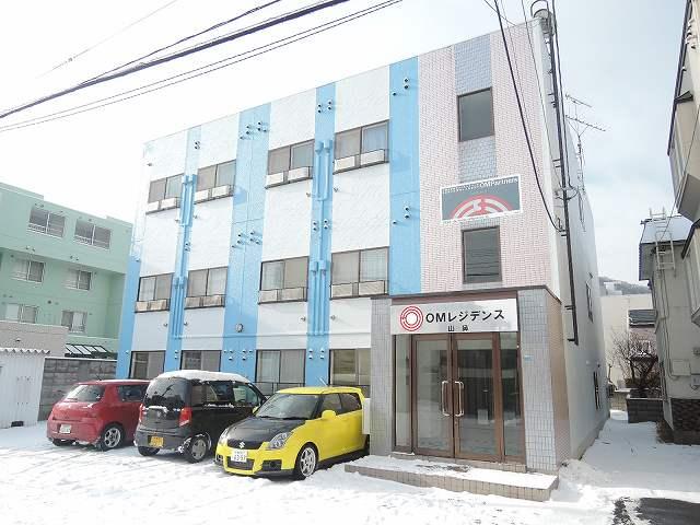 北海道札幌市中央区、石山通駅徒歩14分の築25年 3階建の賃貸マンション
