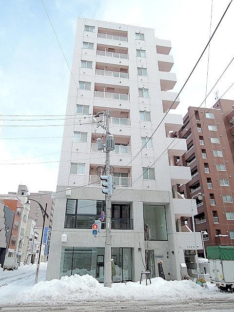 北海道札幌市中央区、西8丁目駅徒歩5分の築12年 9階建の賃貸マンション