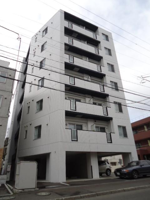 北海道札幌市中央区、二十四軒駅徒歩14分の築8年 7階建の賃貸マンション