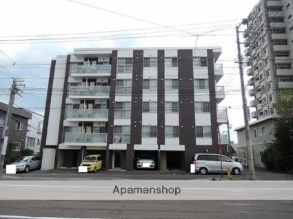 北海道札幌市中央区、西線14条駅徒歩4分の築3年 5階建の賃貸マンション