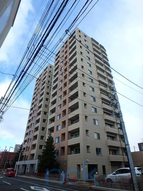 北海道札幌市中央区、西線6条駅徒歩6分の築10年 15階建の賃貸マンション