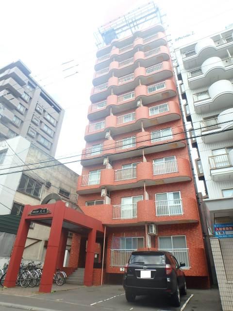 北海道札幌市中央区、西28丁目駅徒歩13分の築27年 9階建の賃貸マンション