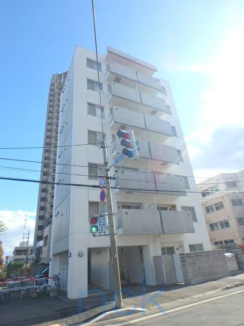北海道札幌市中央区、ロープウェイ入口駅徒歩3分の築10年 7階建の賃貸マンション
