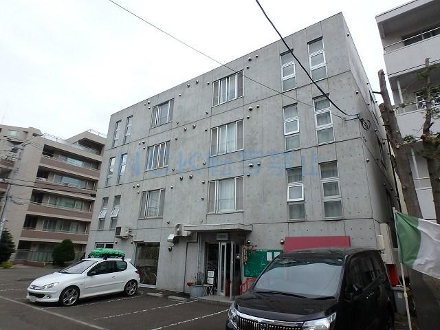 北海道札幌市中央区、二十四軒駅徒歩13分の築15年 4階建の賃貸マンション