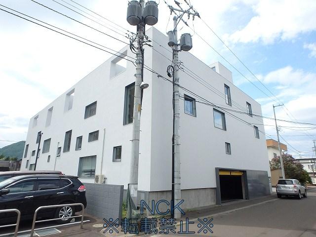 北海道札幌市中央区、西28丁目駅徒歩6分の築14年 4階建の賃貸マンション