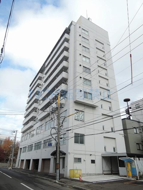 北海道札幌市中央区、西18丁目駅徒歩9分の築42年 10階建の賃貸マンション