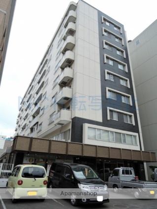 北海道札幌市中央区、西11丁目駅徒歩8分の築38年 9階建の賃貸マンション