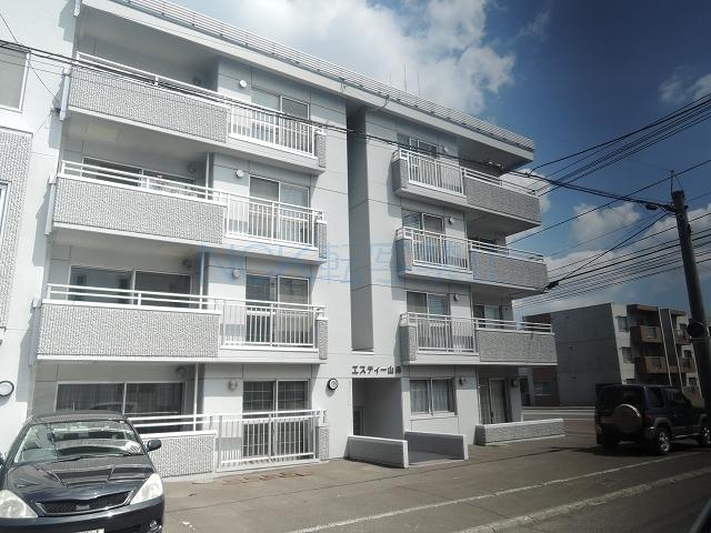 北海道札幌市中央区、電車事業所前駅徒歩19分の築27年 4階建の賃貸マンション