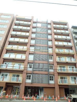 北海道札幌市中央区、札幌駅徒歩7分の築2年 9階建の賃貸マンション