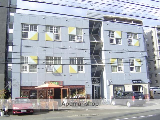 北海道札幌市中央区、円山公園駅徒歩8分の築27年 3階建の賃貸マンション
